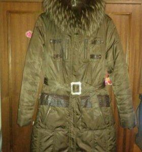 Продам зимнее пальто на синтепоне