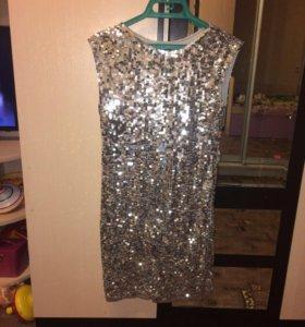 Платье из пайеток