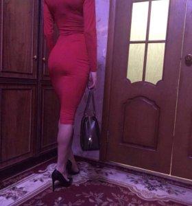 Armani платье