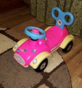 Машина- игрушка