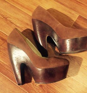 Туфли новые коричневые