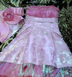 Платье праздничное 7-8 лет