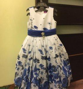 Платье детское нарядное б/у на выпускной в сад