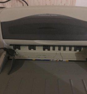 Струйный принтер HP Deskjet 1220c, А3/A4, цветной