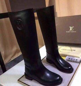 Сапоги Louis Vuitton