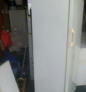 Холодильник Стинол в идеальном состоянии !