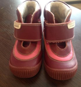 """Ботинки фирмы """"скороход"""" для девочки"""