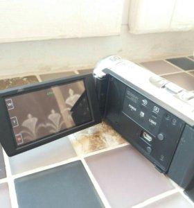 Видеокамера Sony DCR-SX63E