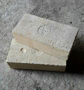 Кирпич для каминов и печей Шамотный.