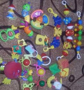 Игрушки для лялечки