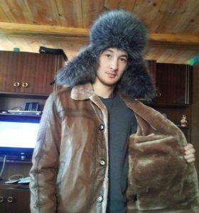 Зимняя куртка и шапка