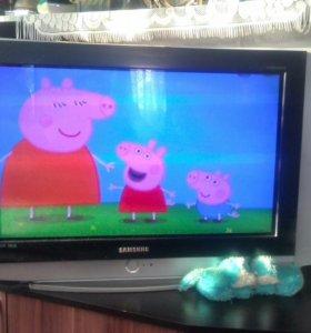 Телевизор Samsung HD 78см