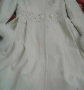 Продаётся турецкое пальто натуральный кашемир..