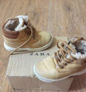 Zara ботиночки тёплые