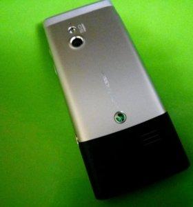 Телефон  Sony Ericsson Elm