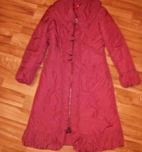 Продам женское пальто на синтепоне