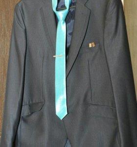 Костюм (брюки+пиджак)