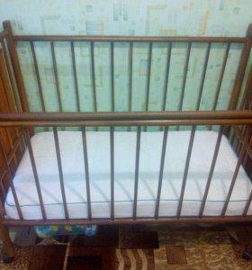 Детская кроватка + маятник + матрац
