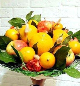 Букеты на заказ из фруктов и цветов