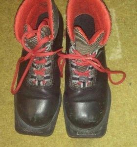 Лыжные ботинки + крепление