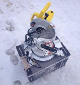 Пила торцевая электрическая ПТЭ-1750/255Вм