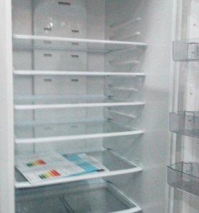 Холодильник Атлант/новый