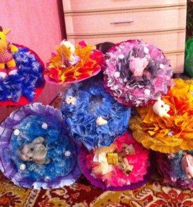 Букеты из мягких игрушек и конфет