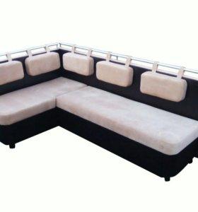 Кухонный угловой диван.