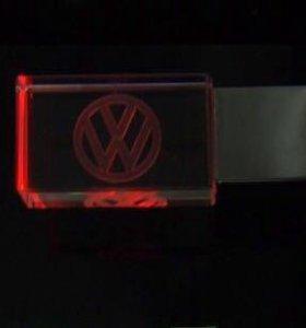 Фреш-накопитель 8 Гбайт Volkswagen