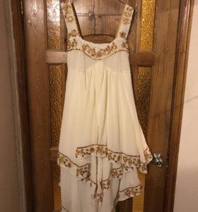 Нарядное платье
