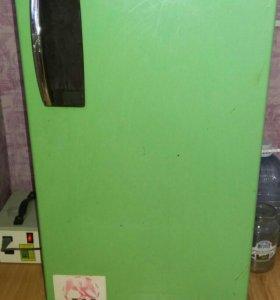 Продам холодильник Sanyo