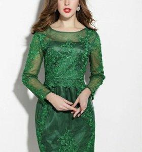 Кружевное платье в стиле Valentino. Новое
