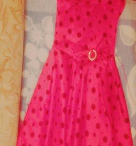 Продам платье для ребенка