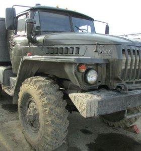 Урал 4320 бортовой