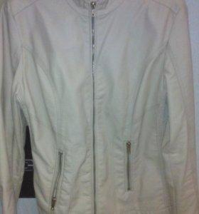 Куртка и пальто женское! Мало б/у