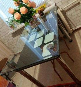 Кухонный стол