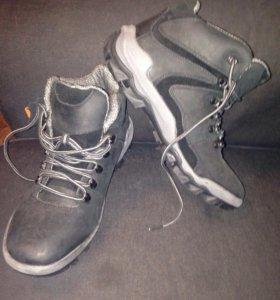 Новые ботинки из нубука с биркой