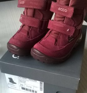 Детские ботинки Ecco 23