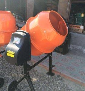 Бетономешалки 200 и 220 литров.