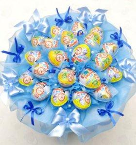 Детские букеты из конфет