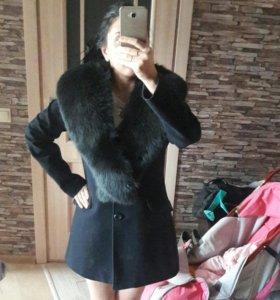Пальто демисез. с натур.мехом