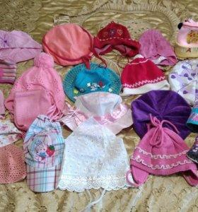 Детские шапочки от годика до трех. ботиночки.