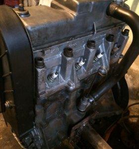 Двигатель 2108