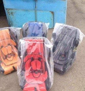 Продам Детские кресла есть расцветки всякие разные