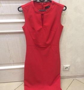 Классическое красное платье