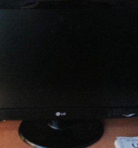 Телевизор LG FLATRON W2343s