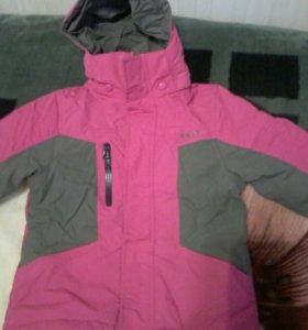 Лыжная детская куртка на девочку