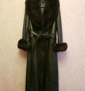 Пальто кожаное с натуральным мехом