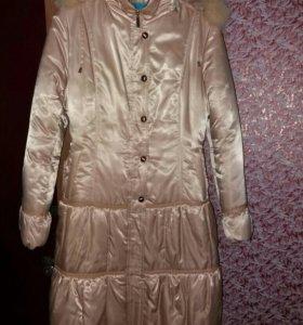 Пальто зимнее размер 44-46.