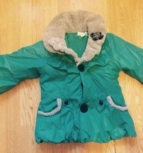 Две курточки